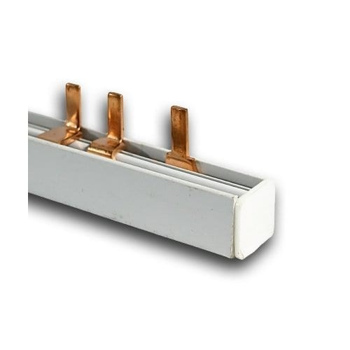 TRIPLE POLE BUSBAR